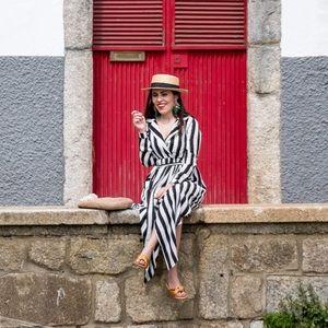 SHEIN   Black & White Striped Long Slv Maxi Dress